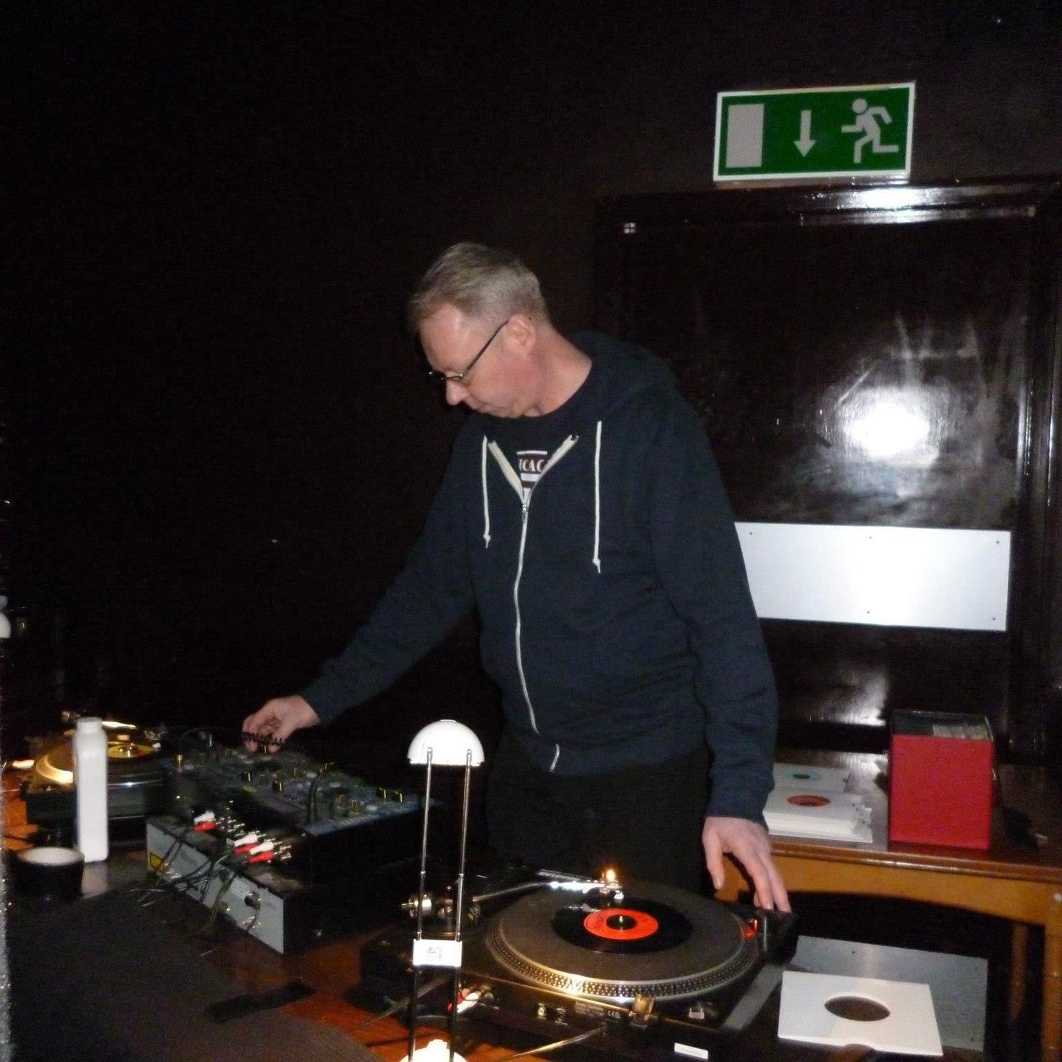 Steve Perkins source profile cover photo