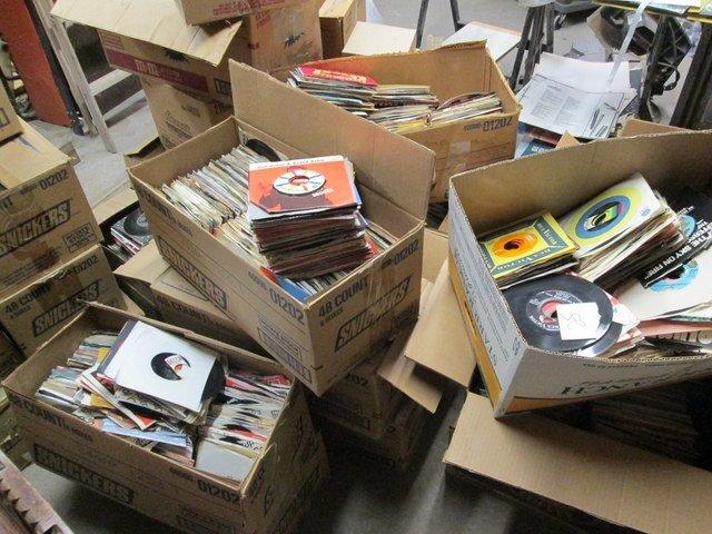 Record_Boxes_3.thumb.JPG.315478e5fec6e25