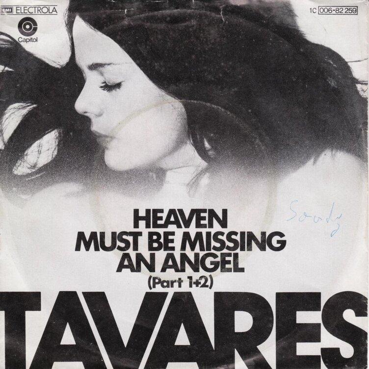 Tavares.jpg