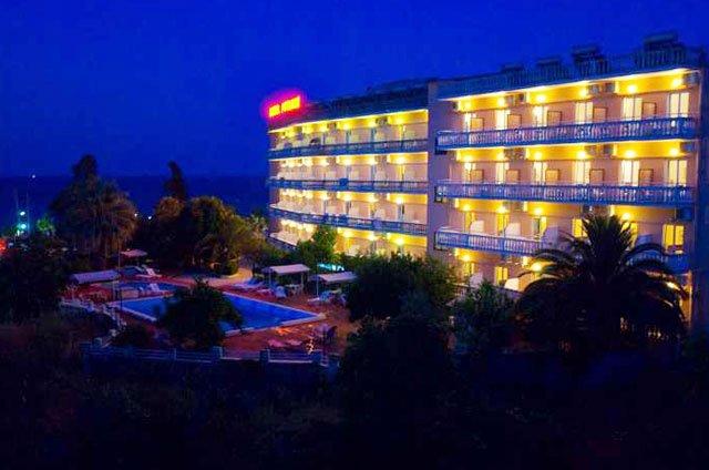 hotel 12 - Copy (2).jpg
