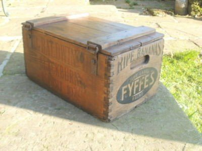 vintage-wooden-banana-box-.jpg