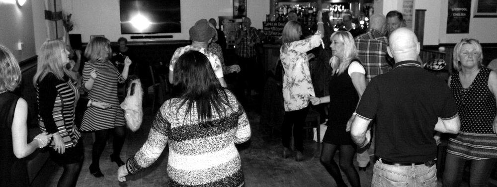 towngate_dancingb.JPG
