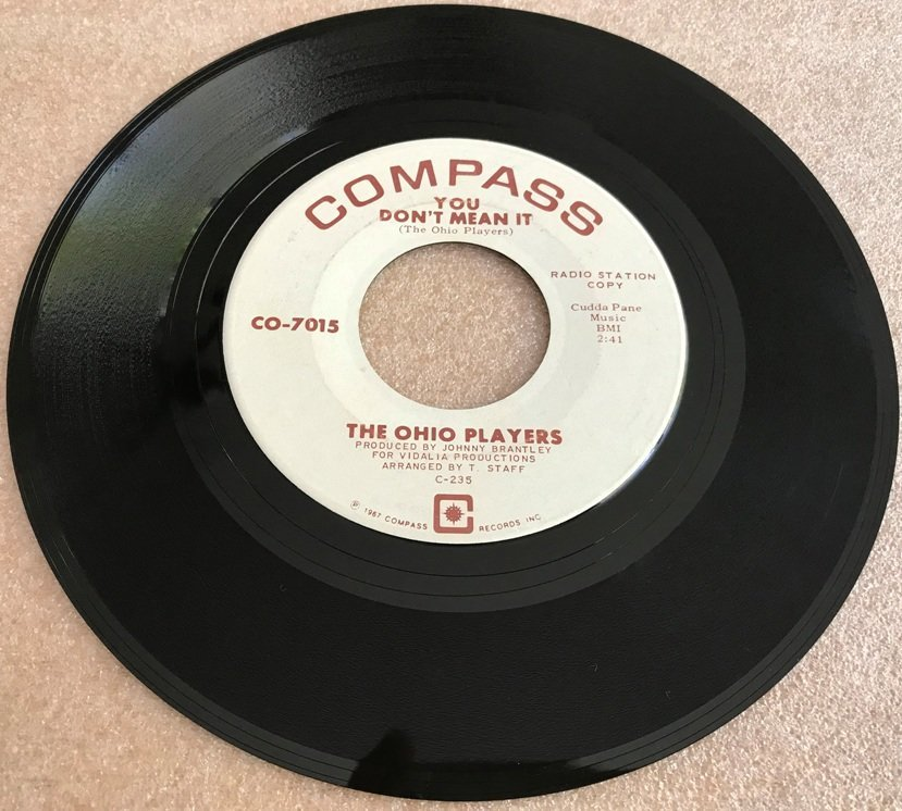 Compass.jpg.4d780ea1541f406a4756d3731ef41131.jpg