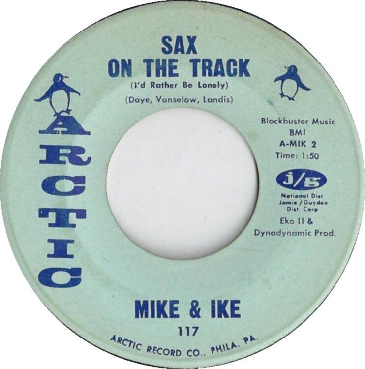 1313600225_mike-and-ike-saxonthetracks-1965-2.thumb.jpg.0e0389fc8a69b7bafa0267bc33a2dbe8.jpg