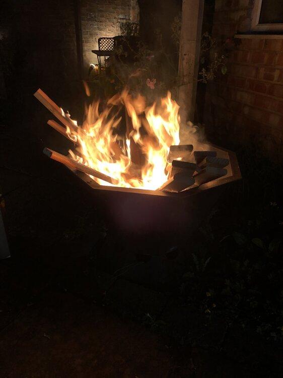 FIRE.thumb.JPG.34bc091b173ab4264c5d9875312f5a09.JPG