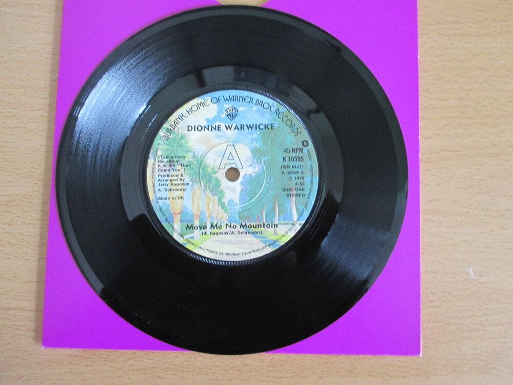 Dionne Warwick - £25.JPG